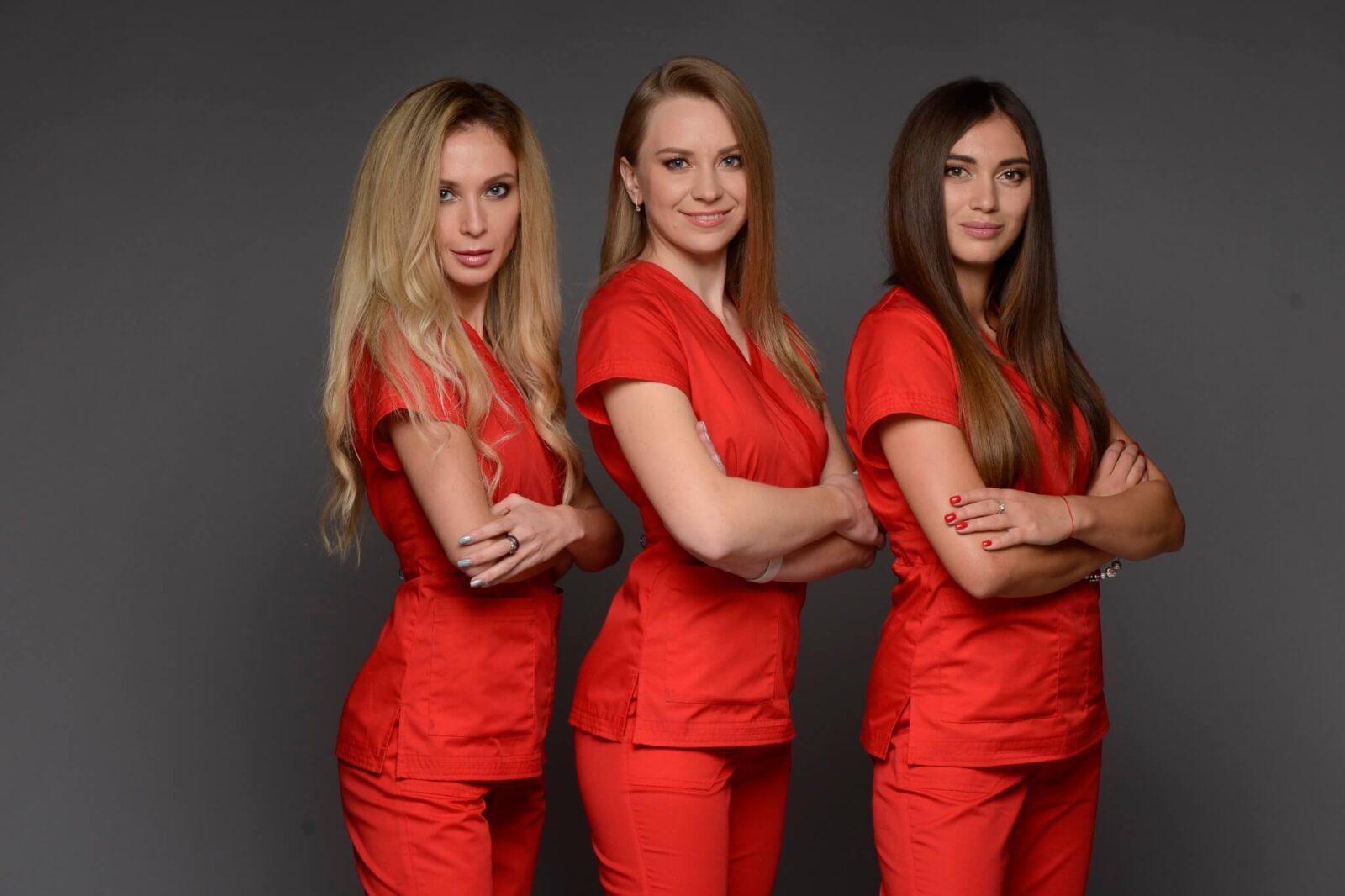 профессиональный коллектив врачей в Coolaser