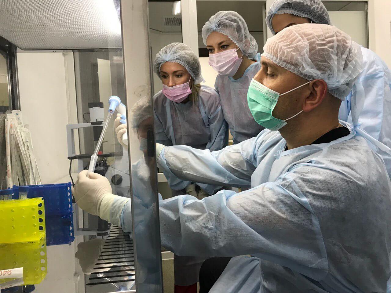 работа врачей в Coolaser clinic Киев